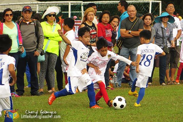 Alaska-Football-Cup-02
