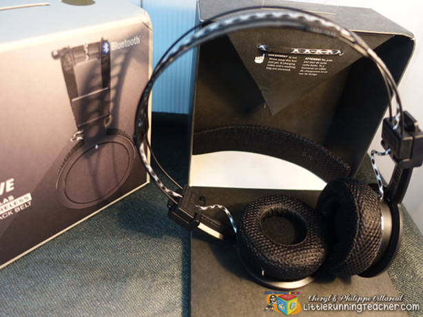 Hella-Headphones-02